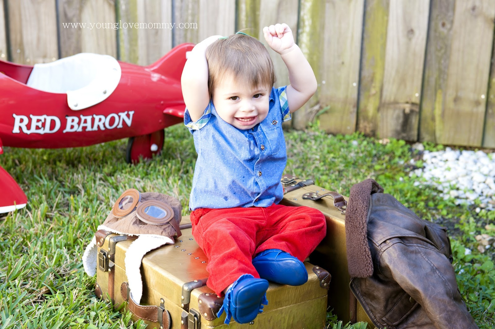 Nicolas' Vintage Airplane Birthday Party