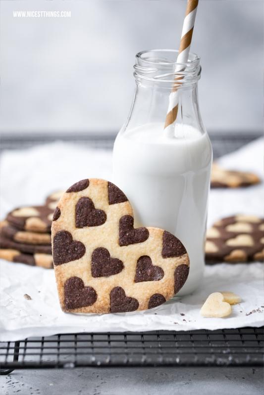 Zweifarbige Herz-Kekse / Bicolor Heart Cookies