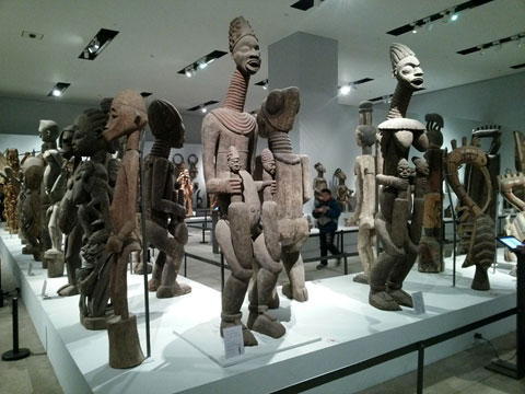 African sculptures displayed at the National Museum of China