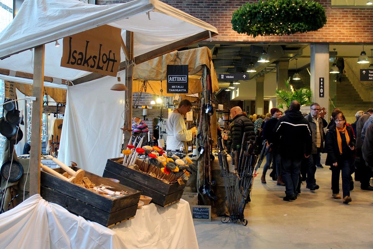 Suomi Tour: Porvoon Taidetehtaan Joulumarkkinat