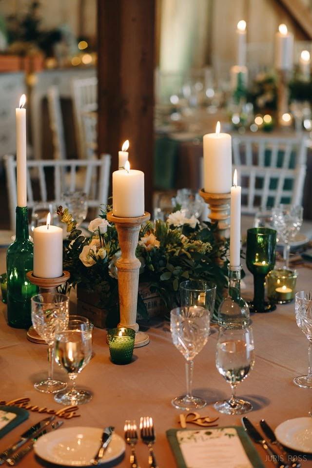 sveces kāzu laikā