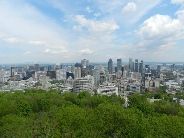 Roteiro 18 dias de trem pelo leste do Canadá - Montreal vista do Chalet du Mont Royal
