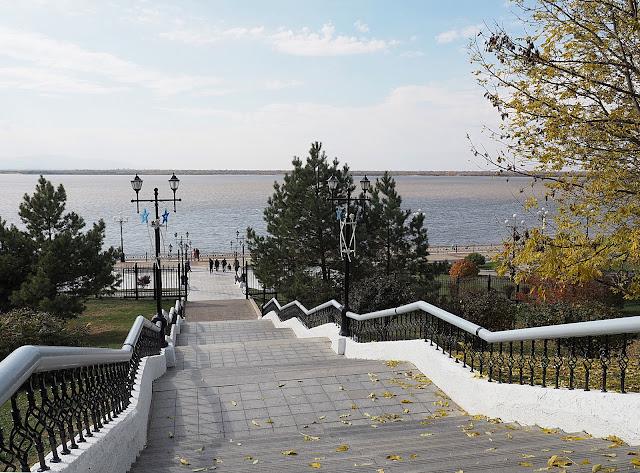 Хабаровск - лестница на набережной (Khabarovsk - stairs to the embankment)
