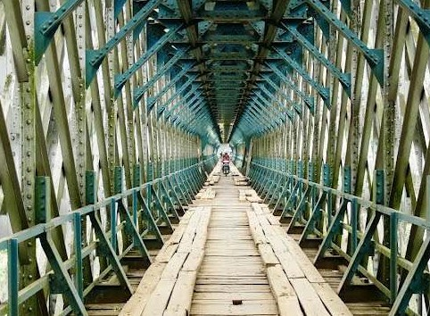 Daya Tarik Obyek Wisata Jembatan Sasak Cirahong Di Ciamis