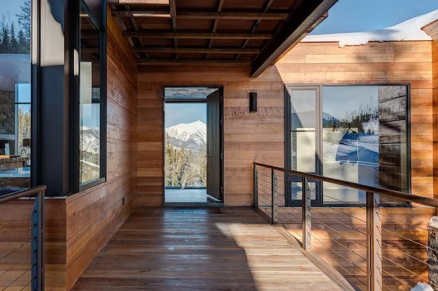 dinding rumah kayu minimalis