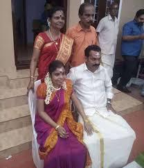 Vaikom-vijayalakshmi-engagement-photo2