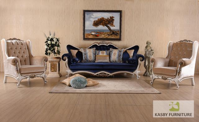 Dengan harga furniture  yang bersaing serta kualitas yang bagus. di buat dengan  material kayu  dan fabric, furniture  jepara ini terlihat klasik tapi berkesan  mewah dan elegant sangat cocok di tempatkan di ruang tamu yang mengusung konsep desain interior klasik maupun modern, atau ruang favorit anda. sofa tamu ini adalah produk mebel jepara berkualitas tinggi yang kami tawarkan untuk anda dengan harga yang sangat terjangkau, dan set kursi sofa tamu klasik mewah terbaru ini kami jamin memiliki kualitas produk yang baik karena kami memproduksinya menggunakan bahan-bahan yang berkualitas dan dikerjakan oleh tenaga kami yang sangat mahir dan berpengalaman dalam bidang pembuatan produk mebel sofa dan kursi tamu.. Dengan finishing yang baik sofa tamu ini mamiliki sisi detail ukiran yang terlihat sedikit menonjol dan memberikan aksentuasi yang pas.