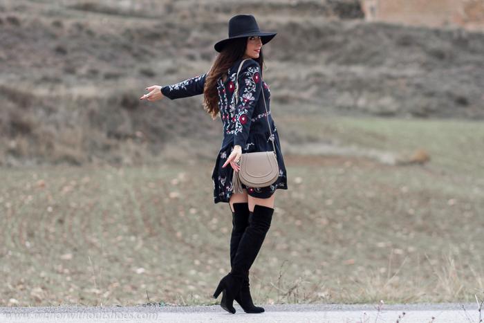 Blogger influencer de moda de Valencia con ideas para vestir premama embarazada de Zara