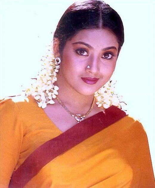 Housewife Photo: Desi Masala Navel Housewife In