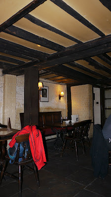 Ye Olde Cheshire Cheese Pub London