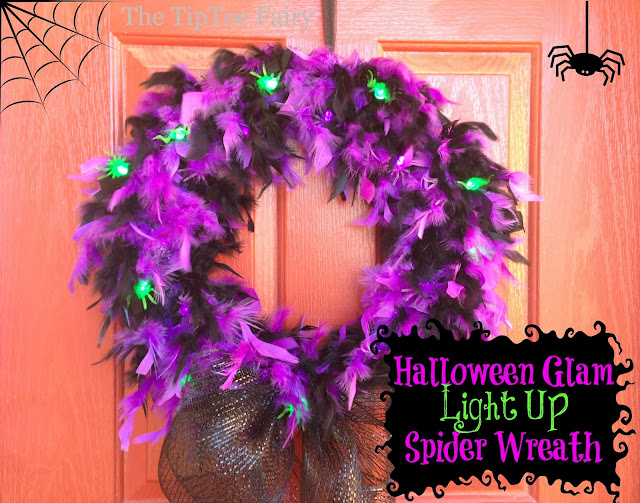 Halloween Glam Spider Wreath | The TipToe Fairy #halloweenglam #halloween #halloweendecor #halloweendecorations #wreathtutorial
