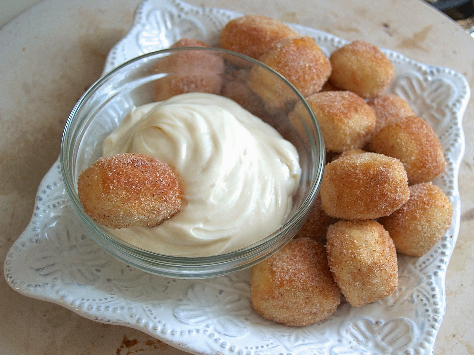 Hungry Hungry Highness: Cinnamon Sugar Soft Pretzel Bites