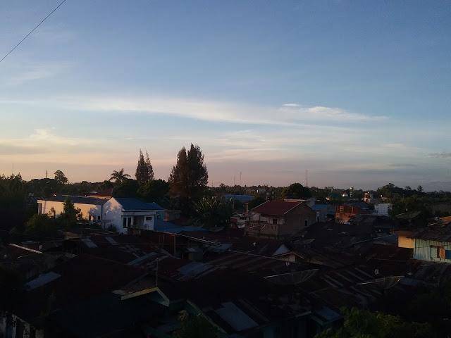 Pemandagan pagi hari di Kota Pematangsiantar. Lokasi Jalan Melati Kelurahan Simarito Pematangsiantar