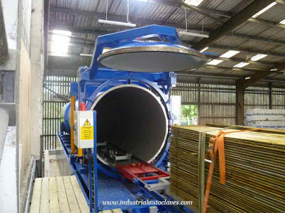 Thailand Customer Visited Wood Cooking Autoclave Factory
