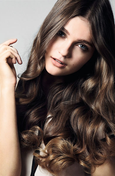 Peinado de otoño Liso con volumen YouTube - Peinados Lacios Con Volumen