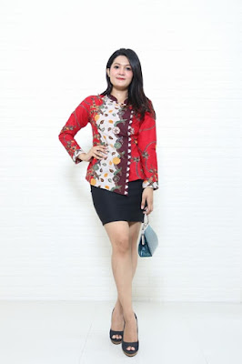 Baju batik kerja wanita untuk seragaman di  Batikdlidir