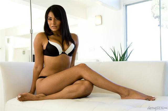5 Wanita Muslim Cantik yang Menjadi Artis Porno