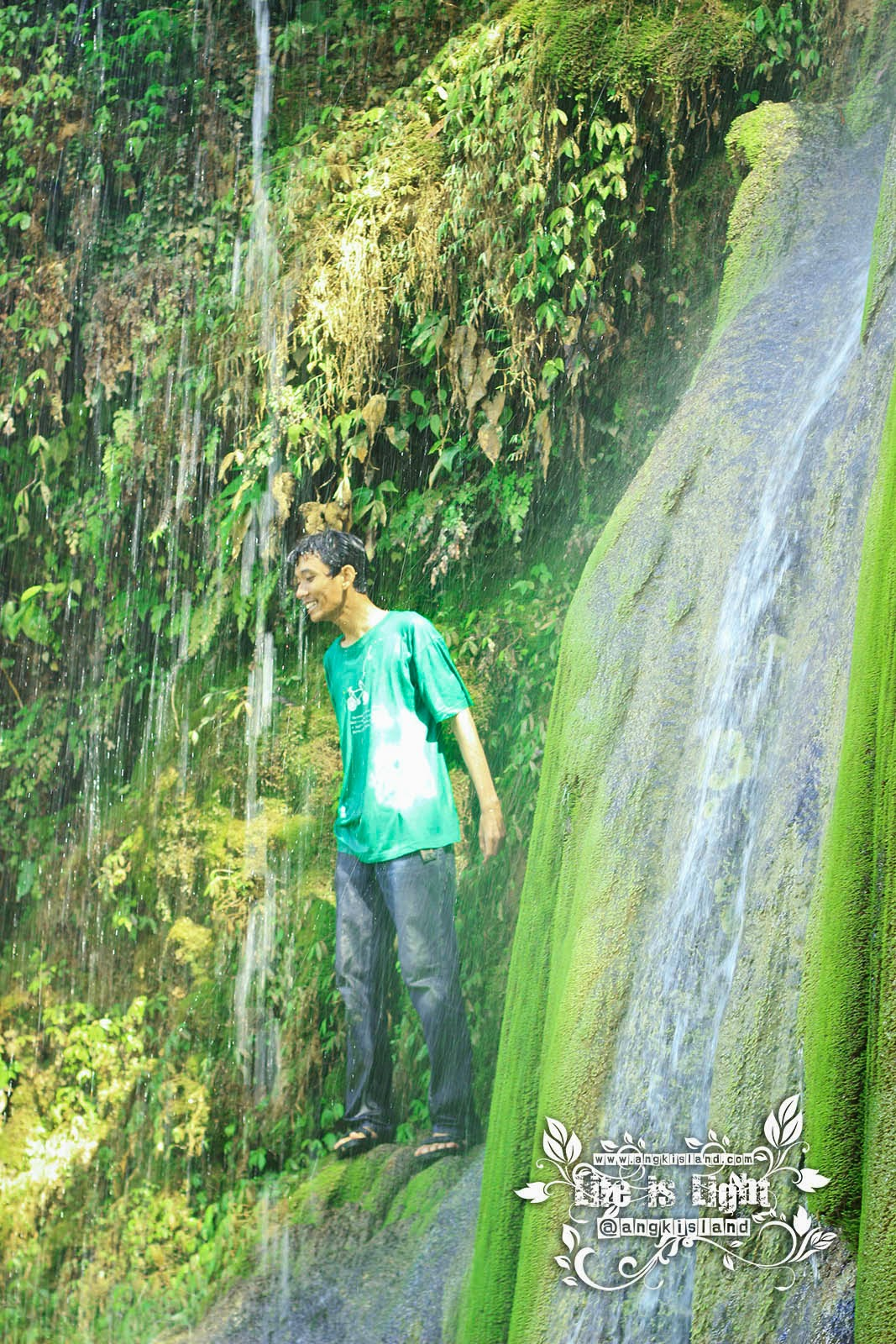 having fun Air Terjun Sigembor