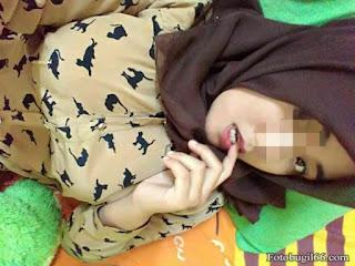 Tante Jilbab Bugil Bugil Saat Dinas Di Luar Kota
