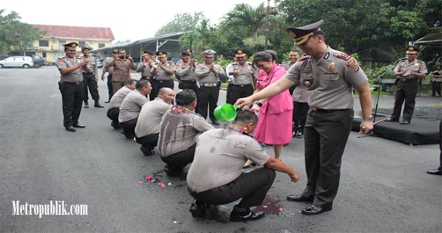 Kapolres Binjai Pimpin Upacara Korps Rapot