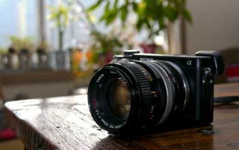 Wallpaper: Sony Alpha with Canon Lens