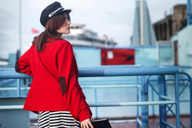 красный пиджак женский