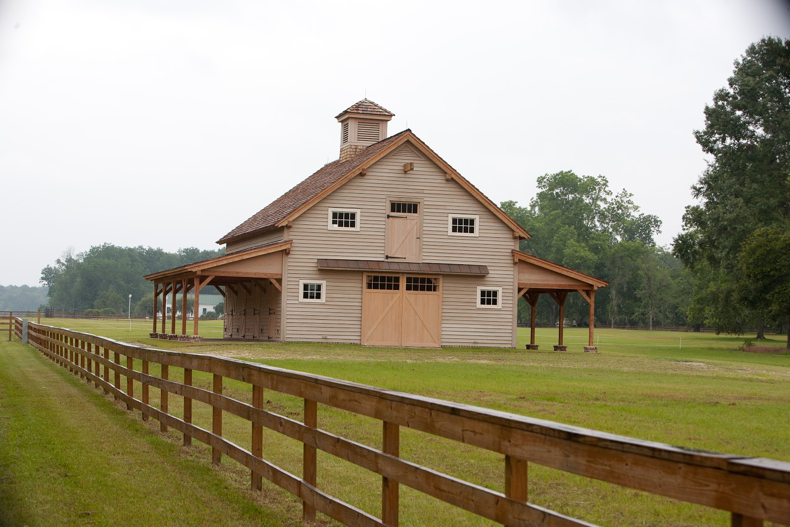 timber frame barn - photo #32