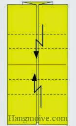 Bước 4: Gấp gấp khúc hai cạnh giấy vào trong.