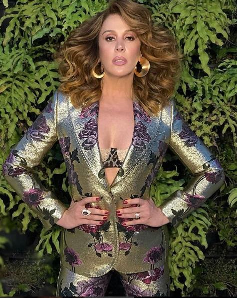 O blazer  com aplicação da Claudia Raia no Show dos Famosos