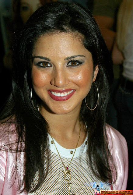 Business Girls Sunny Leone A Insurable Hot And Beautiful -5813