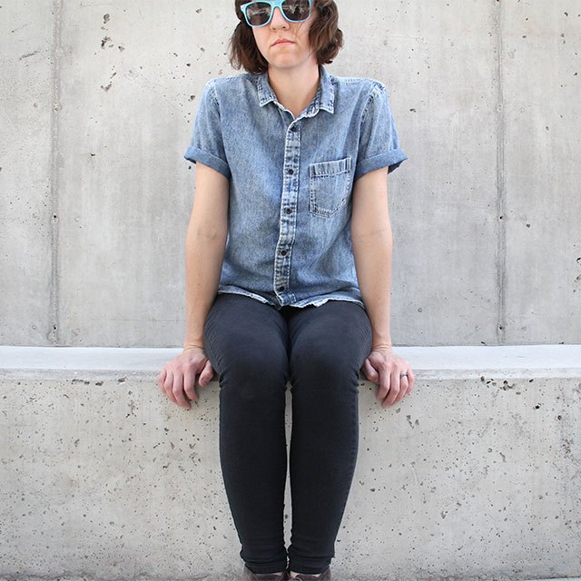 Denim, black skinnies, & sunnies.