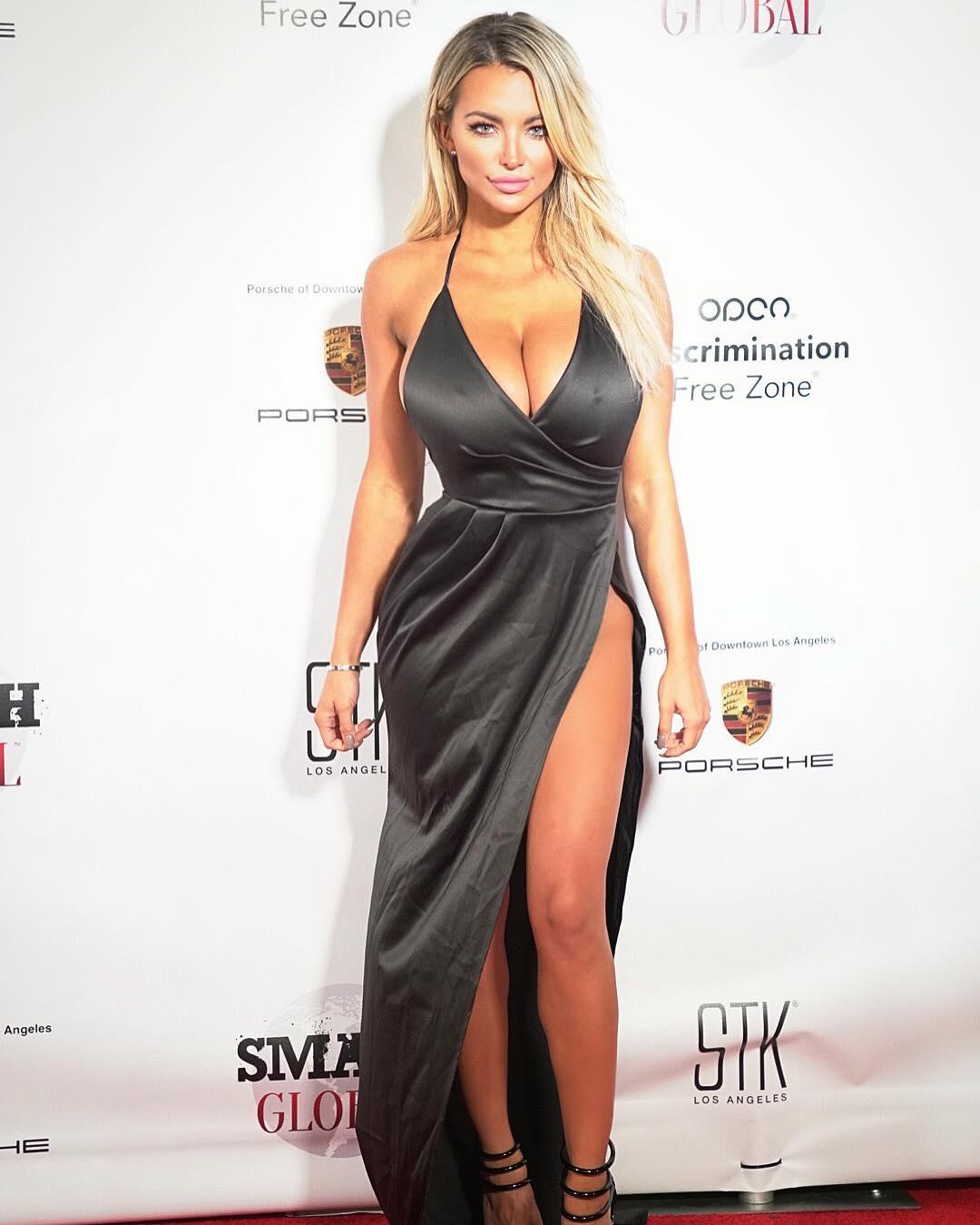 Leaked Lindsey-Pelas nudes (12 photos), Topless, Hot, Feet, in bikini 2020