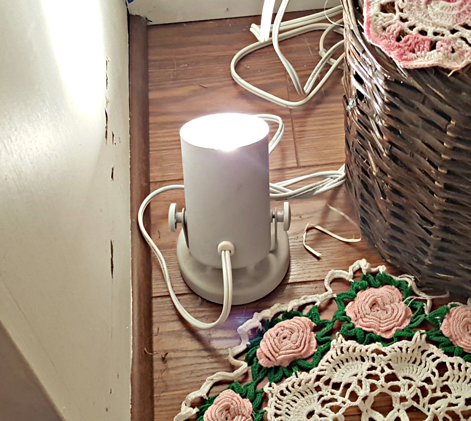 Penny's Vintage Home: Accent Lighting