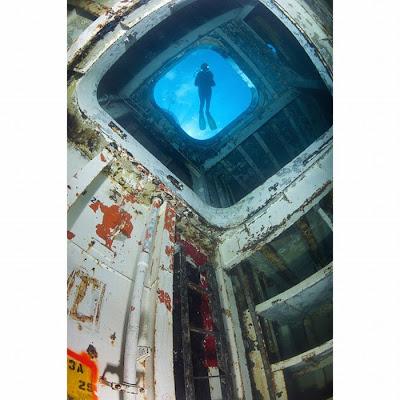 [Image: ship_wrecks_05.jpg]