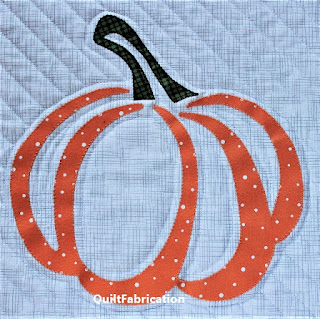 PUMPKIN-APPLIQUE-QUILT-BLOCK-FALL