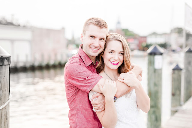 Downtown Annapolis Engagement Photos   Photos by Heather Ryan Photography