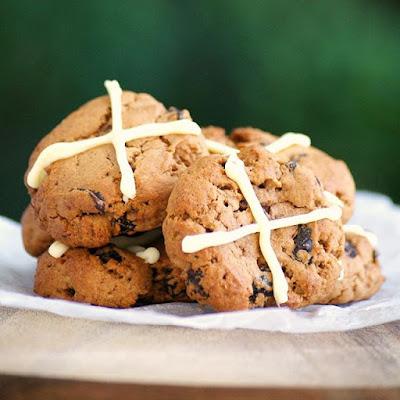 Hot Cross Bun Cookies