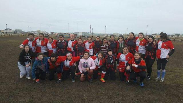 Las chicas de Universitario y Turú jugaron un amistoso