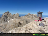 Buzón de cima del Pico Tesorero