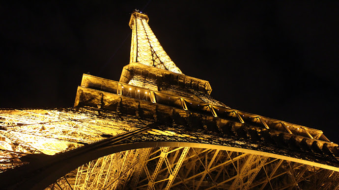 Wallpaper: Night. Paris. Lights. Eiffel Tower