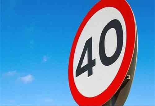 Dịch vụ thuê xe máy an toàn - không chạy quá 40K/h