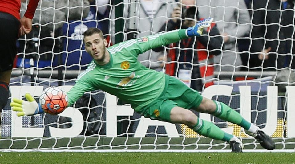 c382e16d3aa2 Despite the transfer saga of last summer, David de Gea was. United's stand  out player in 2015/16. Photo: Yahoo Sports