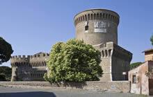 Il Castello di Giulio II nel Borgo di Ostia Antica