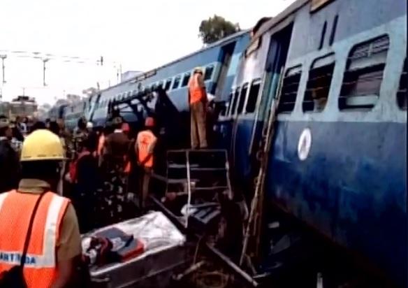 फिर बड़ा ट्रेन हादसा, 25 लोगों की मौत से 100 ज्यादा घायल