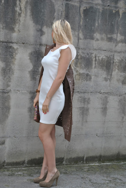 tubino bianco outfit tubino bianco vestito a tubino bianco come abbinare un abito a tubino bianco outfit maggio 2016 may outfit spring casual outfit mariafelicia magno fashion blogger color block by felym fashion blogger italiane fashion blog italiani fashion blogger milano blogger italiane blogger italiane di moda blog di moda italiani ragazze bionde blonde hair blondie blonde girl fashion bloggers italy italian fashion bloggers influencer italiane italian influencer