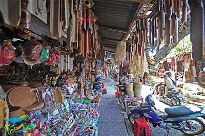 market Sukawati