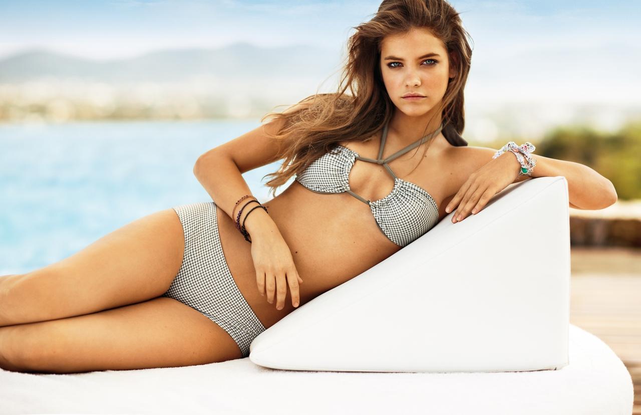 Sexiest Women In Bikinis: Barbara Palvin