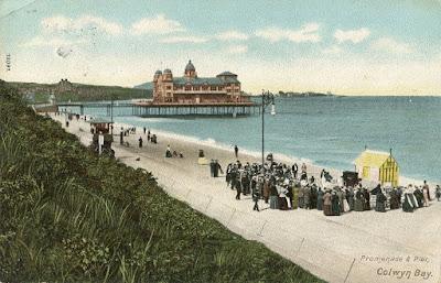 Promenade, Pier