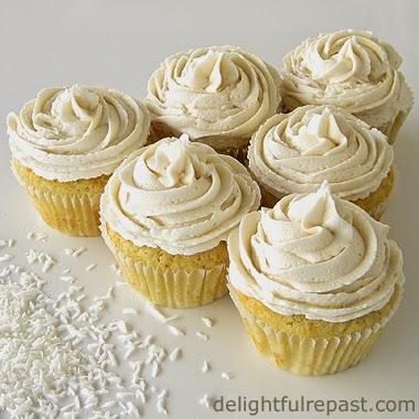 Coconut Cupcakes / www.delightfulrepast.com