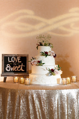 wedding cake and red wedding props